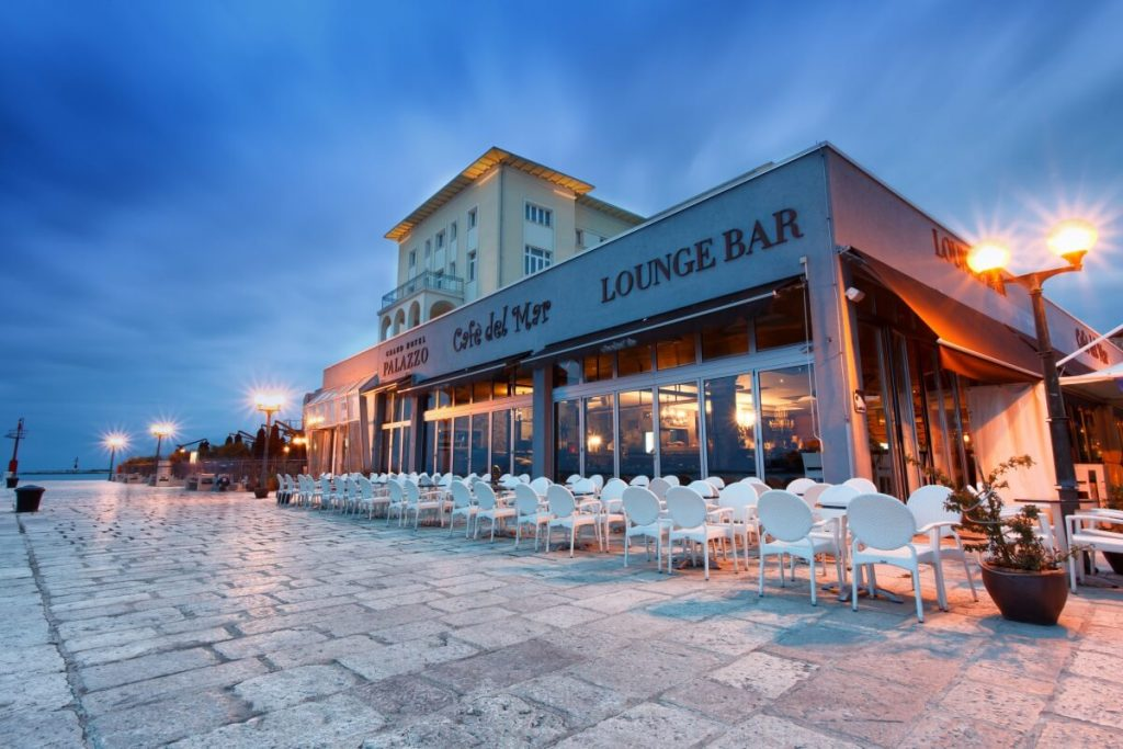 cafe-del-mar-porec