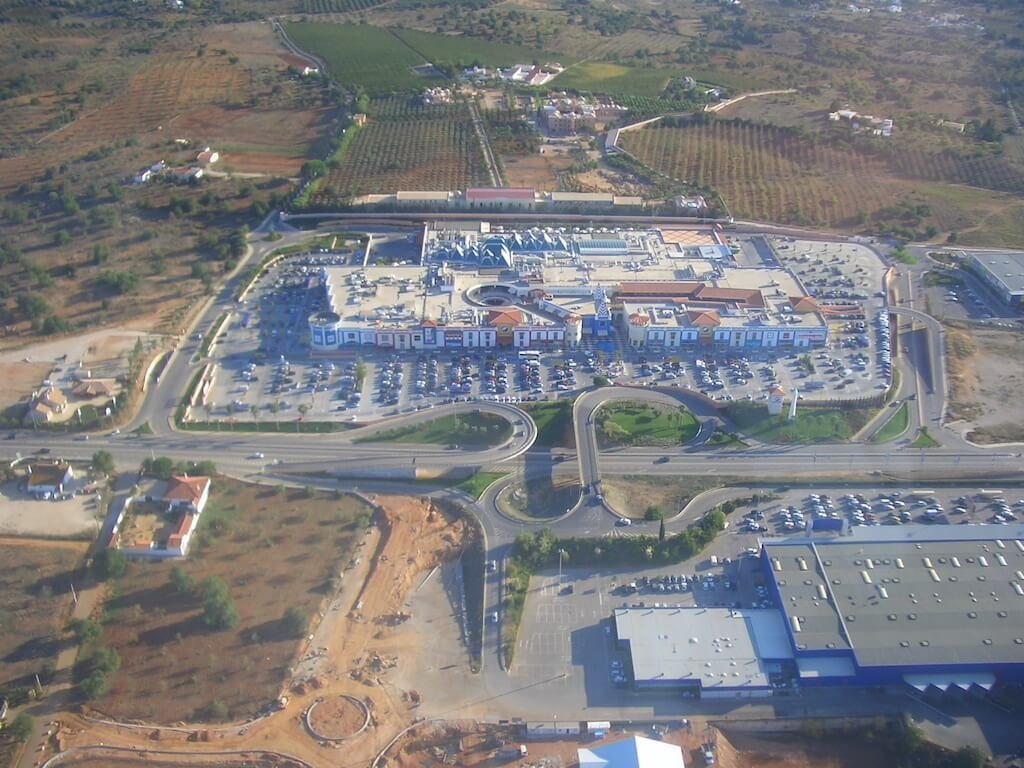 algarve-shopping-centre-albufeira-algarve-portugal-winkelen