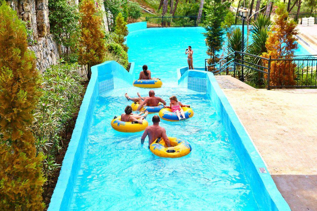 aquapark-utopia-world-alanya-turkije-waterpark-activiteiten