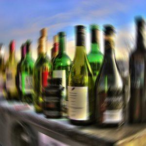 minimale, gemiddelde, uitgaan, stappen, leeftijd, alcohol, alcoholleeftijd, entree, club, discotheek, lloret de mar, costa brava, spanje